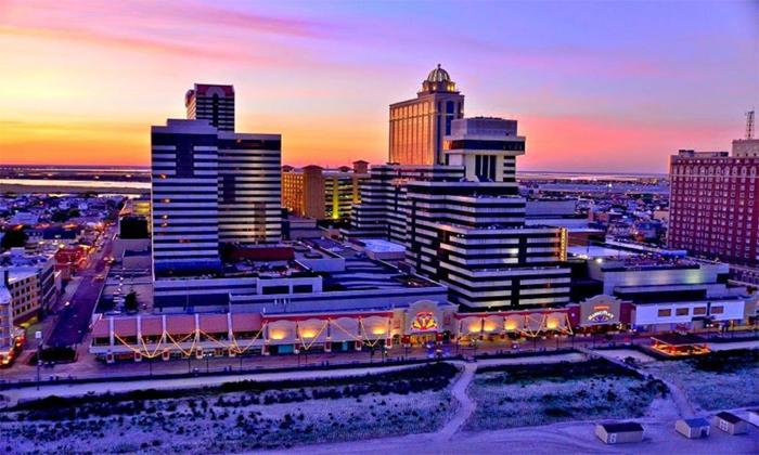 โรงแรมคาสิโน ทรอปิคาน่า แอตแลนติค ซิตี้ (Tropicana Atlantic City)