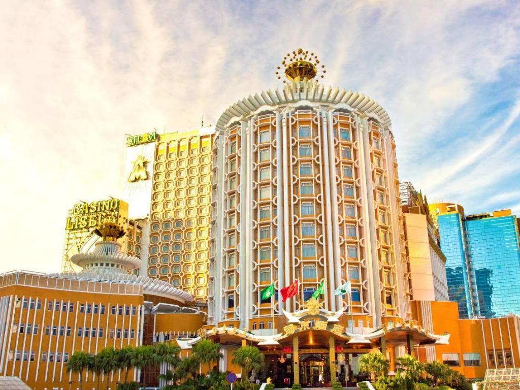 โรงแรมลิสบัว