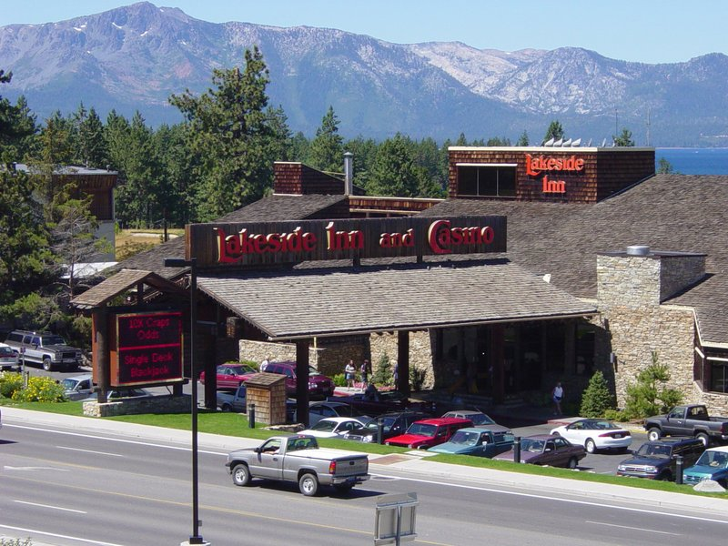 เลกไซด์ อินน์ กาสิโน (Lakeside Inn and Casino)