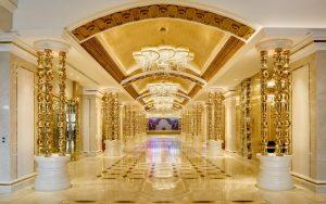 โรงแรมคาสิโน นากาเวิลด์ ( NagaWorld Hotel ) คาสิโนที่ตั้งอยู่ไม่ไกลจากเมืองหลวงพนมเปญที่มีการถ่ายทอดสดคาสิโนออนไลน์