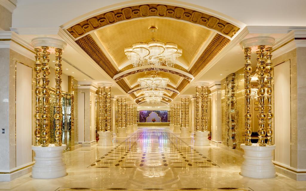 โรงแรมคาสิโน นากาเวิลด์ ( NagaWorld Hotel )